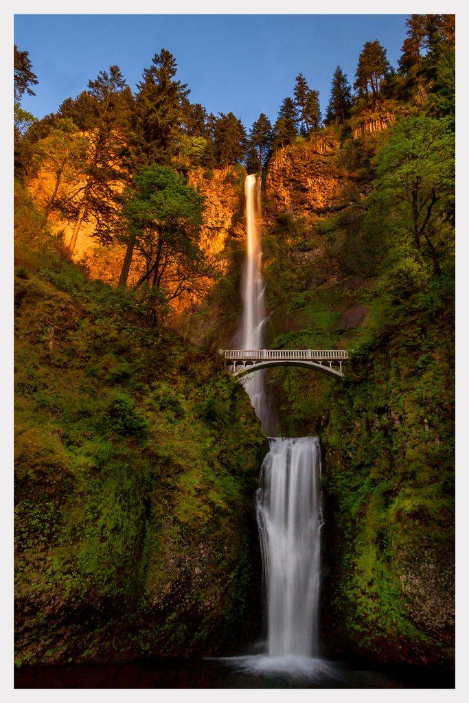 Multnomah Falls - Item No. LS08 - $217